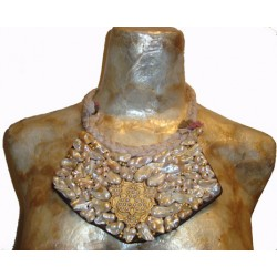 Nacre And Pearls Chest